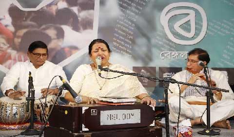 'বেঙ্গল বই'র তৃতীয় দিনে পূর্ণতা আনলো লালনের গান