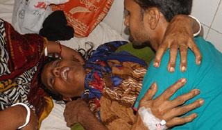 কালিয়াকৈরে সংখ্যালঘুর বাড়িতে হামলা: এক নারী আহত
