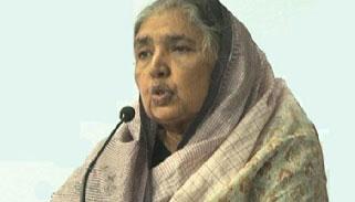 'আর কটা দিন সবুর কর রসুন বুনেছি'