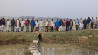 কেওলার হাওরের জলাবদ্ধতা : লাঘাটা নদী খননের দাবি