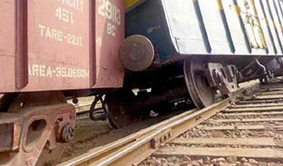 ঢাকা-চট্টগ্রামের সঙ্গে বিচ্ছিন্ন সিলেটের রেল যোগাযোগ