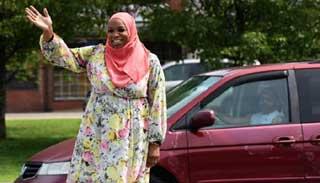 মার্কিন কংগ্রেস সদস্যের দৌঁড়ে প্রথম মুসলিম নারী