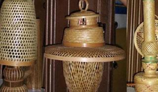 হারিয়ে যাচ্ছে ঝিনাইদহের ঐতিহ্যের বাঁশ শিল্প