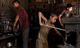 সরকার ২০২৫ সালের মধ্যে শিশু শ্রম বন্ধে কাজ করছে : মুজিবুল