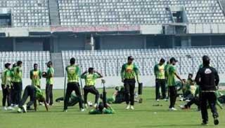 ত্রিদেশীয় ক্রিকেট সিরিজ: ফাইনালে কাকে পাবে বাংলাদেশ?