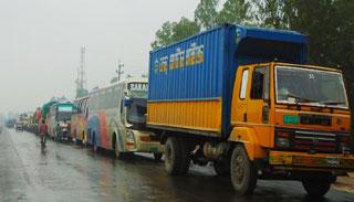 ঢাকা-নারায়ণগঞ্জ মহাসড়কে তীব্র যানজট