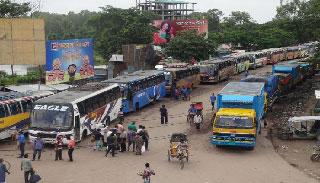 দৌলতদিয়া-পাটুরিয়া ঘাটে যানবাহন পারাপারে বিঘ্ন