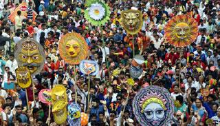 চারুকলার মঙ্গল শোভাযাত্রায় থাকবে বিগত বছরের উল্লেখযোগ্য মোটিফ