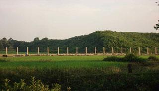 নিরাপত্তার অজুহাতে সীমান্তে মিয়ানমারের বাঙ্কার