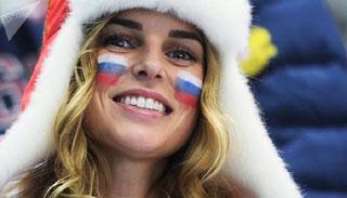 বিশ্বকাপ ২০১৮: রুশ নারীরা এত আলোচনায় কেন?