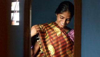 ব্যাঙ্গালোরে বর্জ্য পানি ব্যবহৃত হচ্ছে সিল্ক শাড়ি তৈরির কাজে