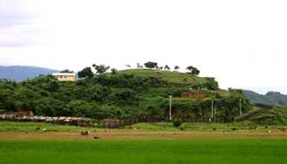 তাহিরপুর সীমান্তেঠেকানো যাচ্ছে না চোরাচালান বাণিজ্য