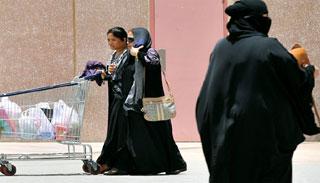 সৌদি আরবে বাংলাদেশী নারী শ্রমিকদের যেসব ঝুঁকি
