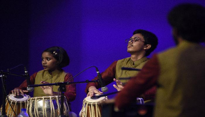 বেঙ্গল পরম্পরার ক্ষুদে শিক্ষার্থীদের তাক লাগানো পরিবেশনা