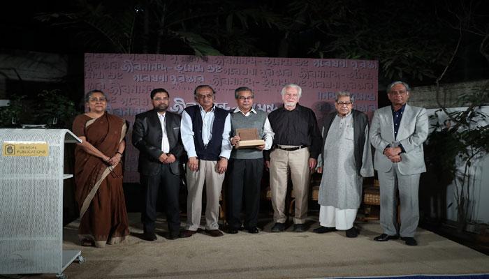 'জীবনানন্দ-ভুমেন্দ্র গুহ পুরস্কার' এ ভূষিত সৈয়দ শাহেদ