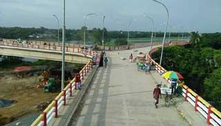 দেশের প্রথম 'ওয়াই ব্রিজের' উদ্বোধন রোববার