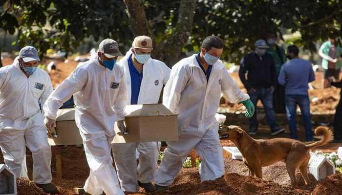 ব্রাজিলে করোনায় এক দিনে ৪ হাজারের বেশি মানুষের মৃত্যু