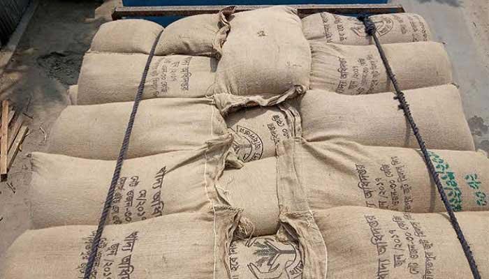 যশোরে মুখ থুবড়ে পড়েছে হত দরিদ্রদের খাদ্যবান্ধব কর্মসূচি