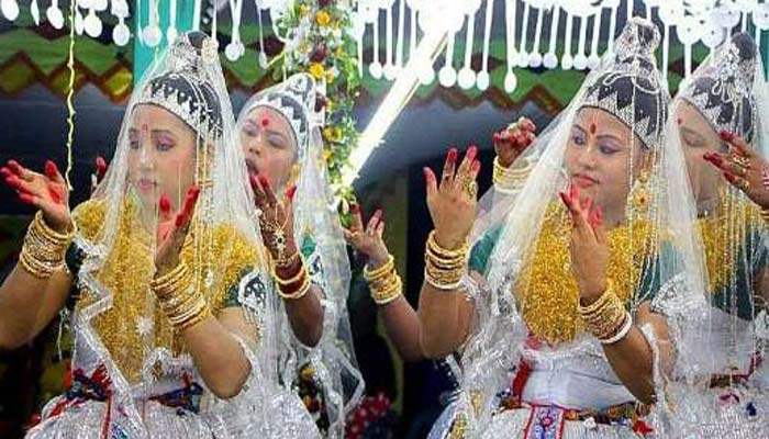 কমলগঞ্জে মণিপুরী মহারাসলীলা : পাড়ায় পাড়ায় উৎসব