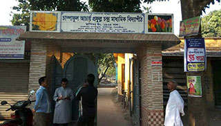 সাতক্ষীরায় বাংলা পরীক্ষা হলো '৬ ঘণ্টা'
