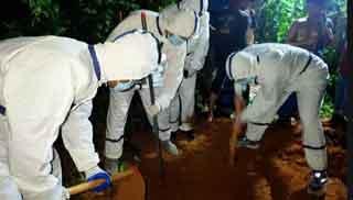 করোনা উপসর্গে মৃত্যুবরণীদের দাফনের বিষয়ে প্রশিক্ষণ