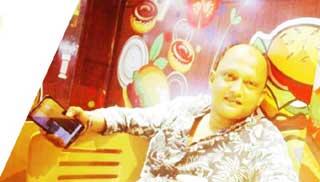 ফেসবুকে ব্যাচমেটকে যৌন হেনস্তার হুমকি সাবেক জাবি শিক্ষার্থীর