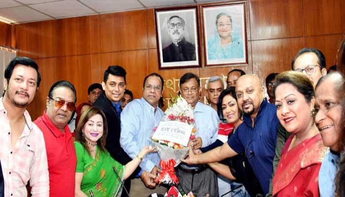 সরকার চলচ্চিত্রের স্বর্ণযুগ ফিরিয়ে আনতে চায়: হাছান মাহমুদ