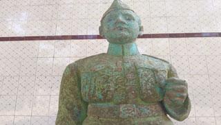 ধূলিমলিন তবু 'উন্নত শির' ইতিহাসের মহানায়ক