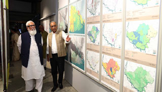 বেঙ্গল শিল্পালয়ে 'নগরনামা' শীর্ষক প্রদর্শনী শুরু