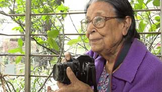 দেশের প্রথম নারী ফটোগ্রাফার সাইদা খানম আর নেই