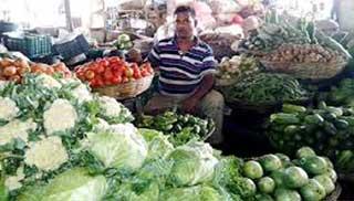 নাগালে শীতকালীন শাকসবজি: রোগ প্রতিরোধে খান বেশি বেশি