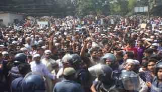 ভোলায় সহিংসতা: ফেসবুক আইডির হ্যাকার শনাক্ত