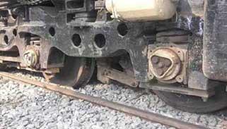 সিলেটে তেলবাহী ট্রেনের বগি লাইনচ্যুত : রেল চলাচল বন্ধ