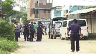 ফতুল্লায় বোম্ব ডিসপোজাল ইউনিট : ১৭ বাড়িতে তল্লাশি শুরু