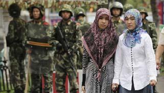 চীনে আটক করে মুসলমান নারীদের বন্ধ্যা করে দেয়া হচ্ছে
