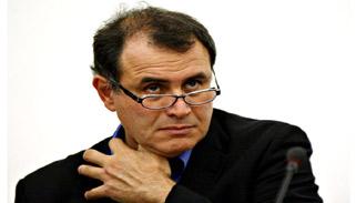১০ বছরের মন্দায় পড়তে যাচ্ছে বিশ্ব : অর্থনীতিবিদ ডক্টর ডুম