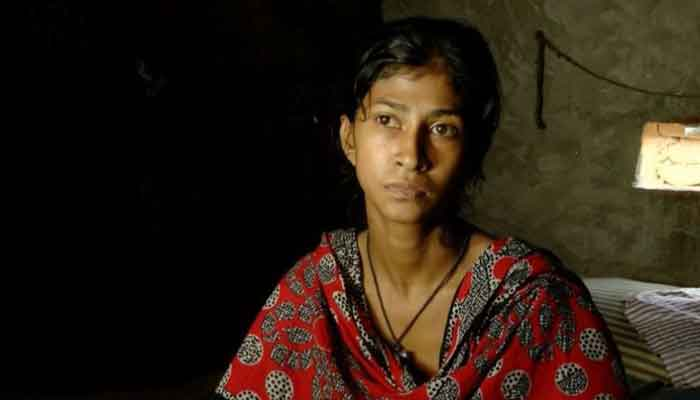 ঘরে ১৫-১৮ বছরের মেয়ে থাকলেই মিলবে সরকারি সহায়তা