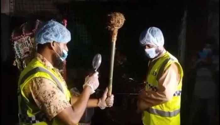 ইকবালকে নিয়ে পুলিশের অভিযান : উদ্ধার হলো গদা