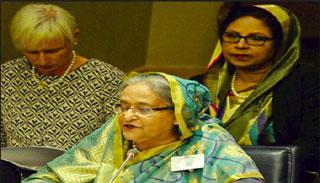 রোহিঙ্গাদের বাড়তি বোঝা সামলাতে হচ্ছে বাংলাদেশকে: প্রধানমন্ত্রী