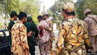 ইরানের সামরিক কুচকাওয়াজে হামলা : নিহত ১১ সেনা