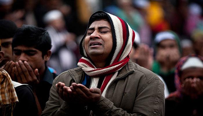 আখেরি মোনাজাতে মুসলিম উম্মাহর শান্তি-সমৃদ্ধি কামনা