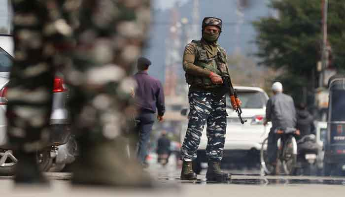 কাশ্মীরে ৬ দিনে গুলিতে নিহত ৯ ভারতীয় সেনা