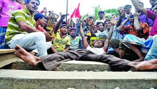 বৃহস্পতিবার আসলেই আশার আলো খোঁজেন পাটকল শ্রমিকরা