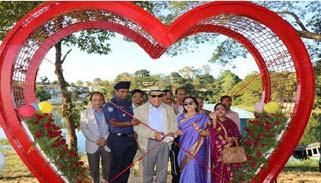 রাঙামাটিতে পর্যটকদের নতুন আকর্ষণ 'লাভ পয়েন্ট'র উদ্বোধন