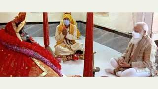 যশোরেশ্বরী মন্দিরে প্রার্থনা শেষে গোপালগঞ্জের পথে মোদি