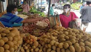 টিসিবি'র মাধ্যমে ২৫ টাকা কেজি দরে আলু বিক্রি হবে: বাণিজ্যমন্ত্রী