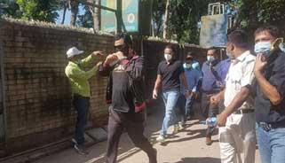 বেনাপোল দিয়ে নয় : আকাশপথে ঢাকা ফিরছেন সাকিব