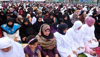 কলকাতার দুটি মসজিদে রাতভর নামাজ পড়তে পারবেন নারীরা