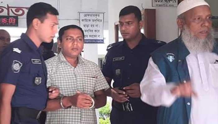 ঠাকুরগাঁওয়ে দুদকের অভিযান: নগদ অর্থসহশিক্ষা অফিসার আটক