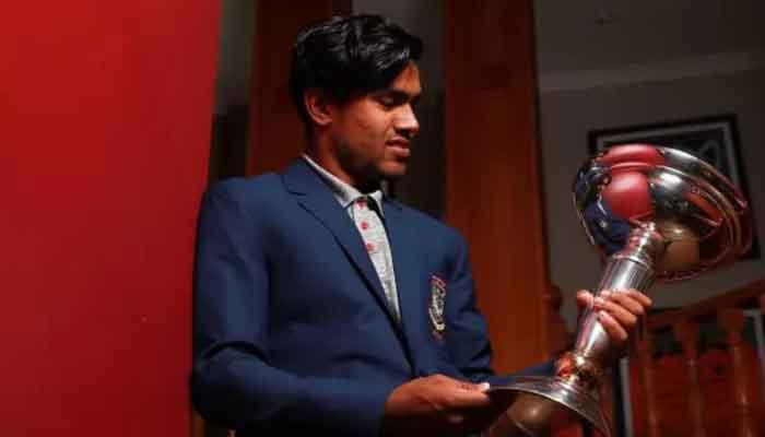 বিশ্বকাপ সেরা একাদশের অধিনায়ক আকবর আলী